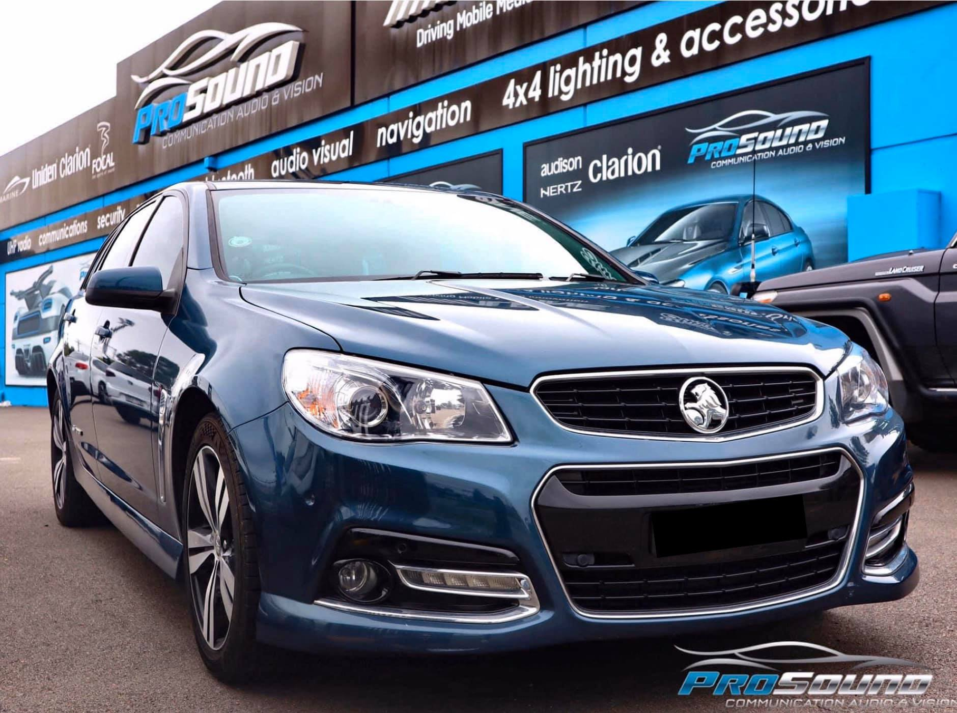 Alpine Perfect Fit into VF Commodore - https://www.newcastleprosound.com.au/wp-content/uploads/2021/02/VFcommodore.jpg