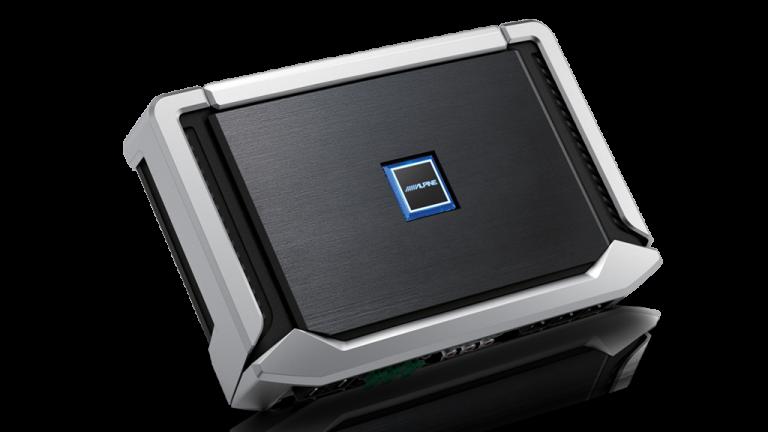 Alpine iLX-702D Audio Bundle -