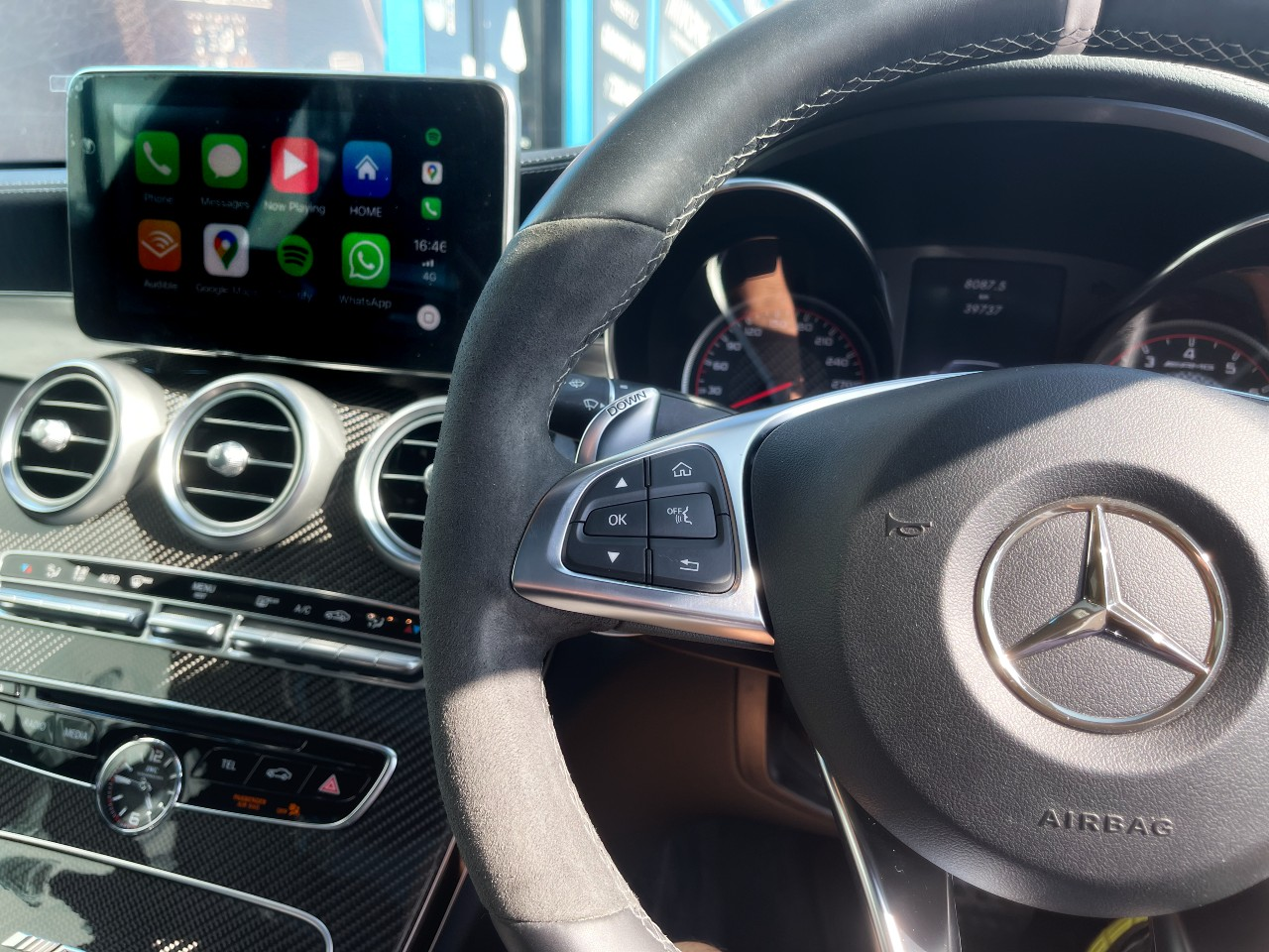CarPlay and Android Auto Integration into Mercedes Benz - https://www.newcastleprosound.com.au/wp-content/uploads/2021/02/mercp.jpg