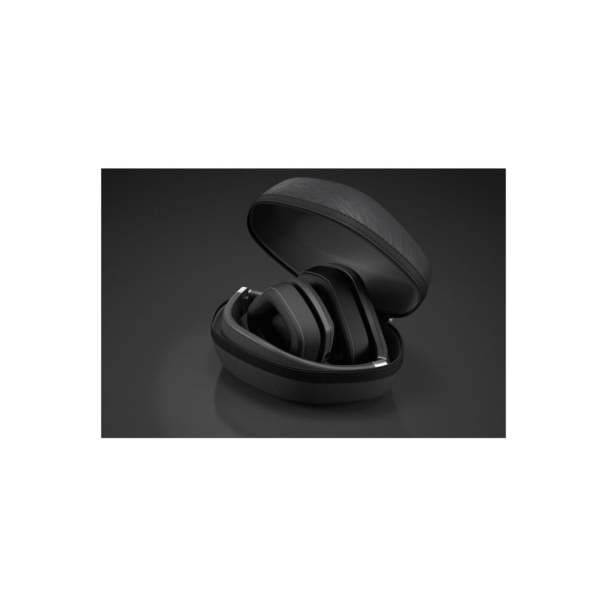 HiFiHQ Headphones Magnat LZR 980 -