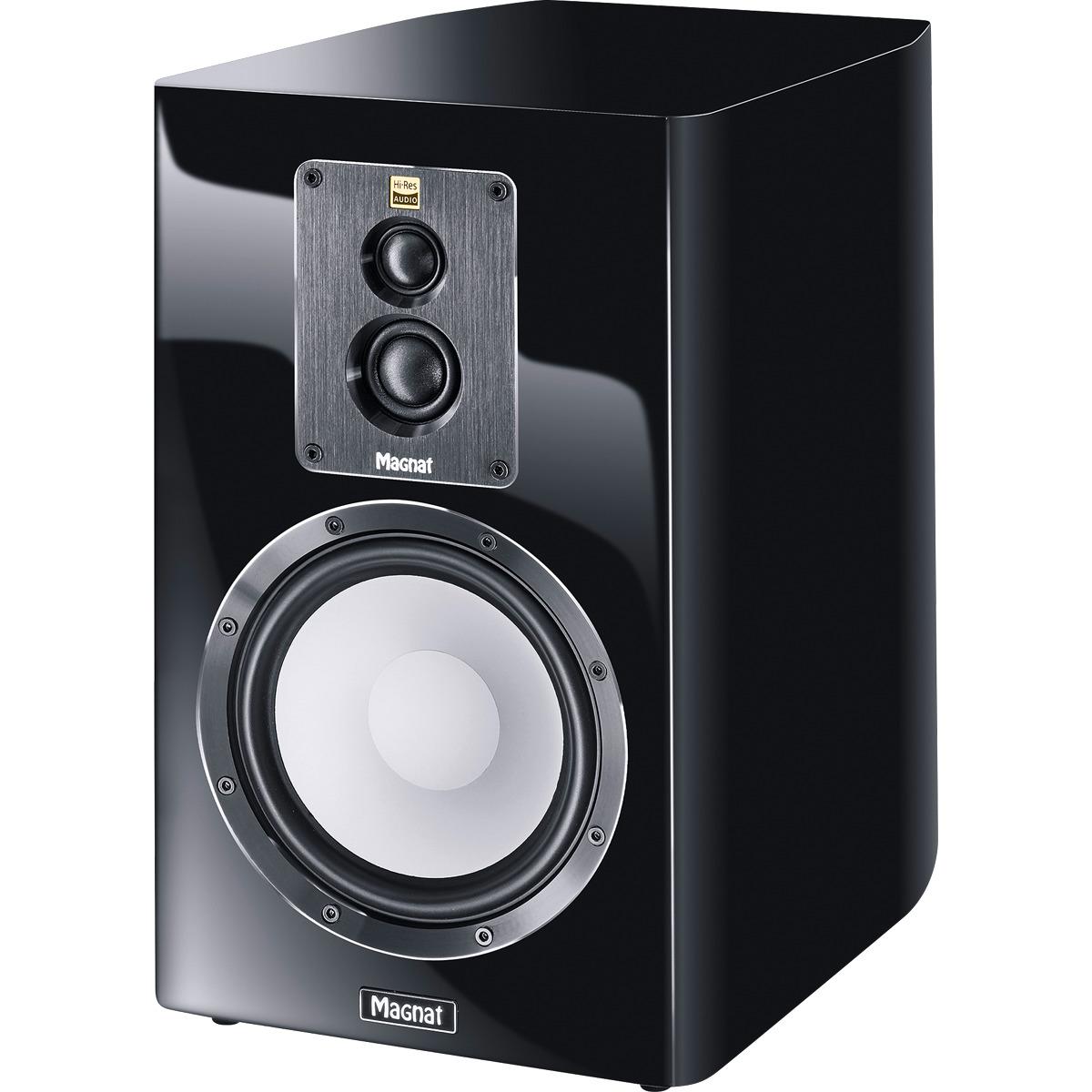HiFiHQ Book Shelf speakers Magnat Signature 903 -