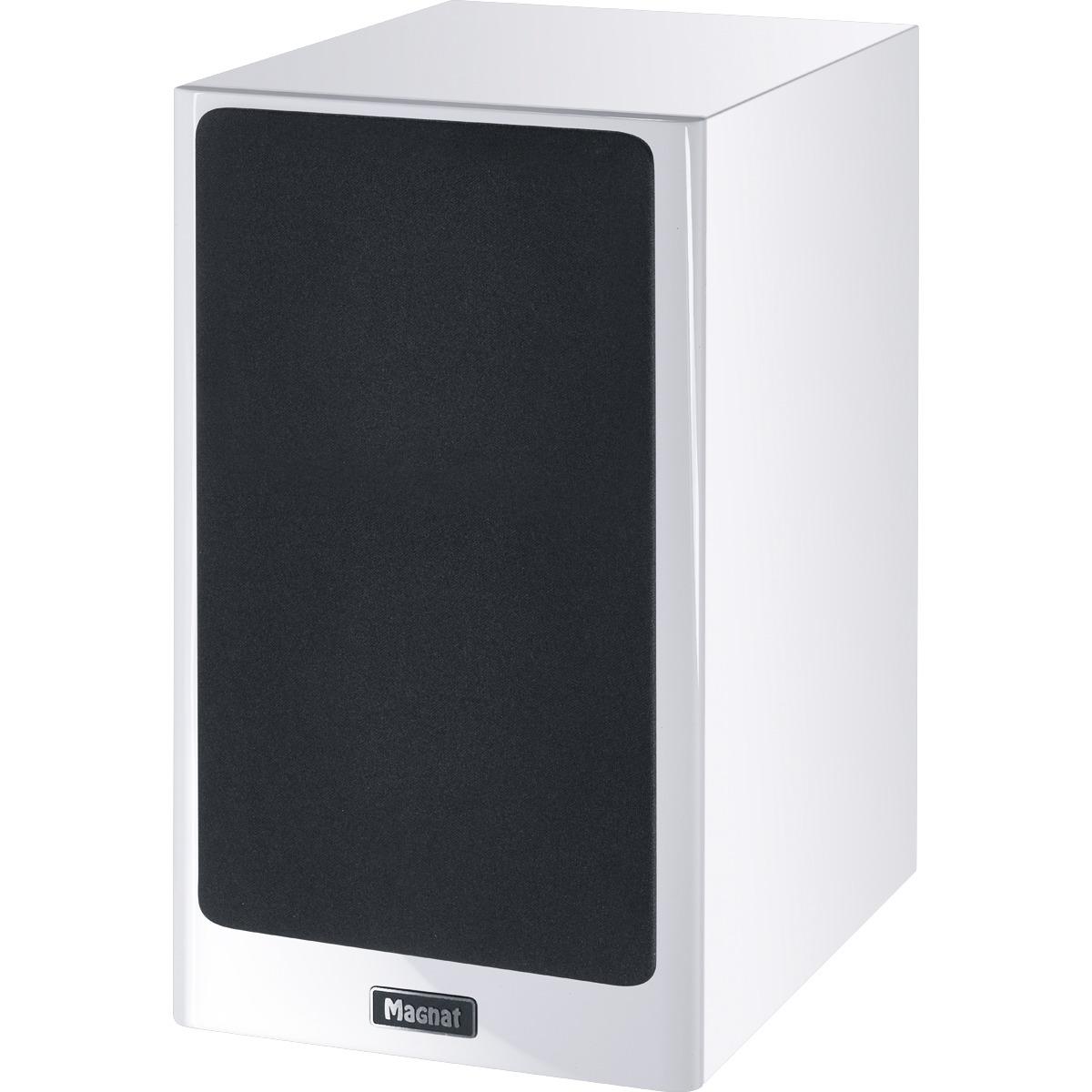 HiFiHQ Book Shelf speakers Magnat Signature 703 -
