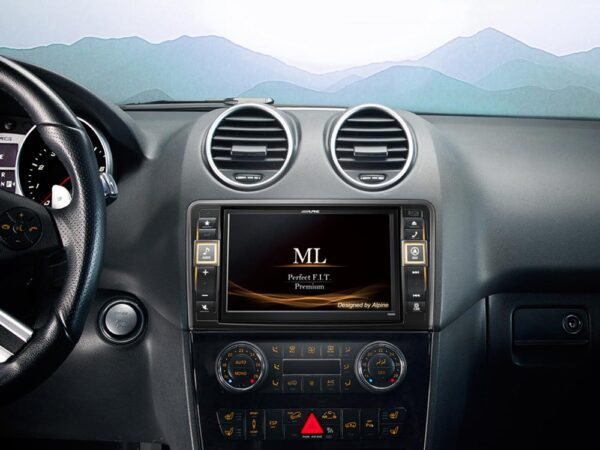 Alpine BENZ -ML X800D 1 Navigation System for Mercedes ML -