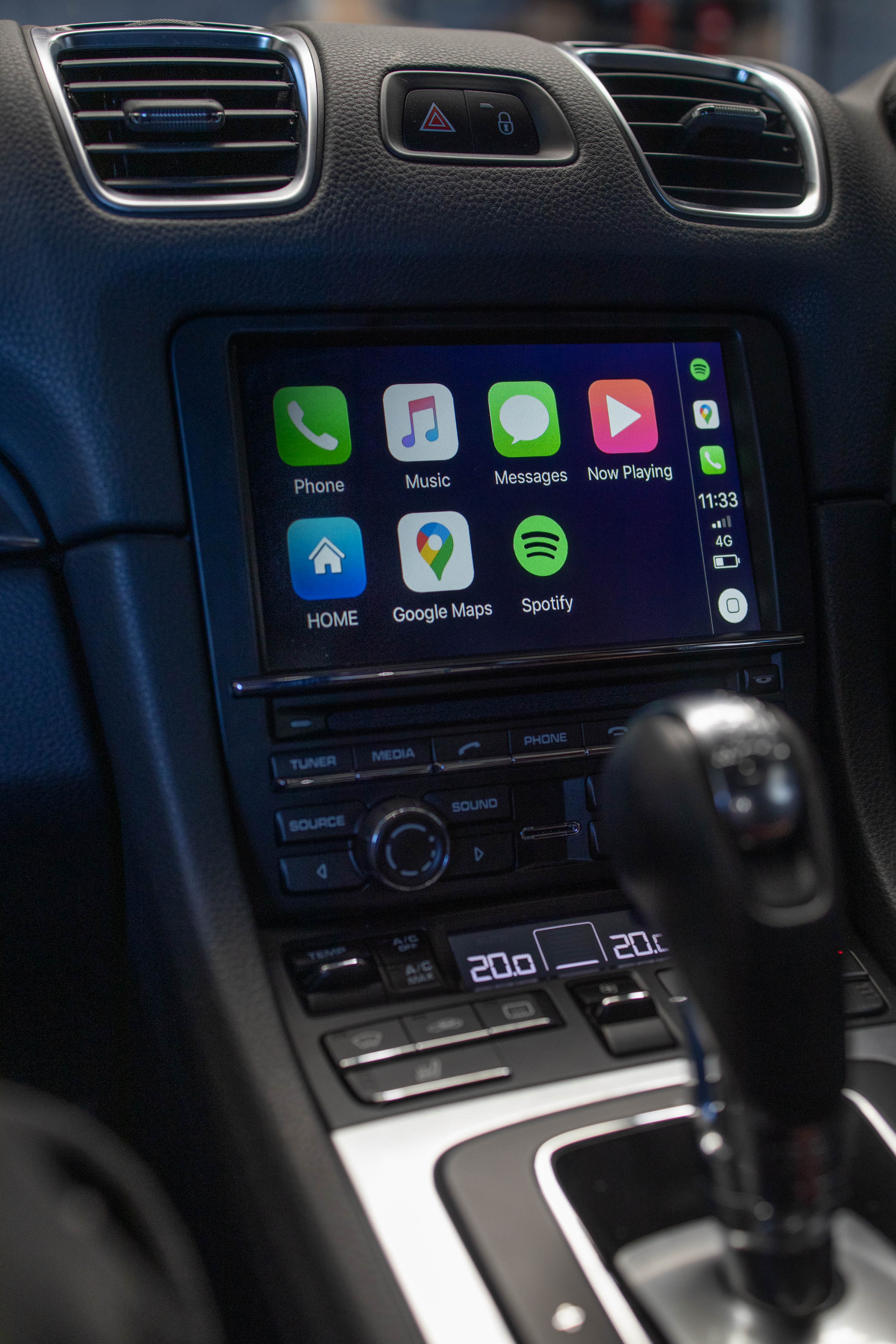 Porsche Cayman Apple Car Play and Android Auto Integration
